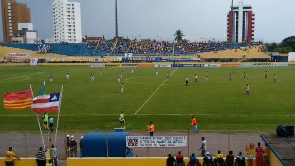 O Colo-Colo ficou no 0 a 0 contra o Fluminense de Feira (Foto Pablo Brandão).