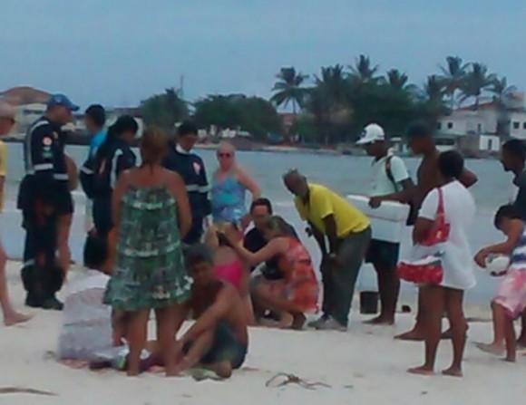 Turistas goianos foram resgatados por salva-vidas, mas Idemar faleceu (Foto WhatsApp).