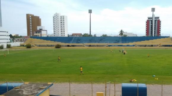 Estádio Mário Pessoa é liberado para os jogos do Baianão 2016 (Foto Pablo Brandão).