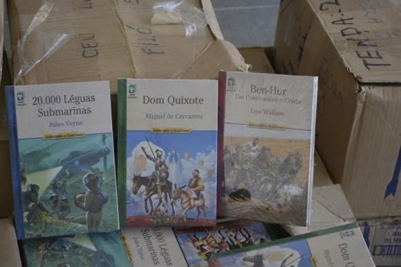 Clássicos da literatura universal compõem acervo doado (Foto Ficc).