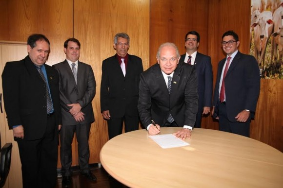 Novo diretor-geral da Ceplac em ato de posse na segunda (Foto Domingos Matos/Ceplac).
