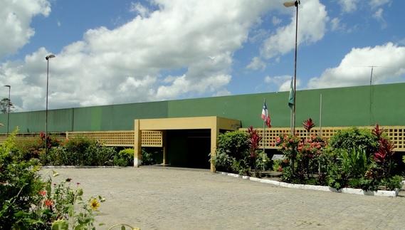 Fachada do presídio de Itabuna, onde foram apreendidos celulares e drogas.