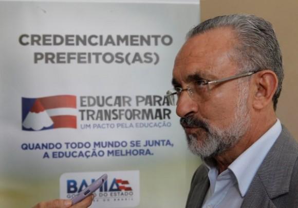 Ademar abre mão da reeleição (Foto Alberto Coutinho/GovBA).