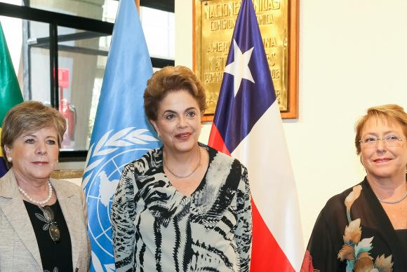Alicia Bárcena, Dilma Rousseff e Michelle Bachelet durante encontro da brasileira no Chile (Foto Roberto Stuckert Filho/PR).