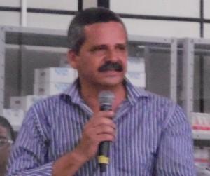 Vane exigirá apoio integral ao candidato comunista (Foto Pimenta).