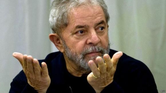 Ex-presidente Lula é condenado à prisão, mas recorrerá em liberdade