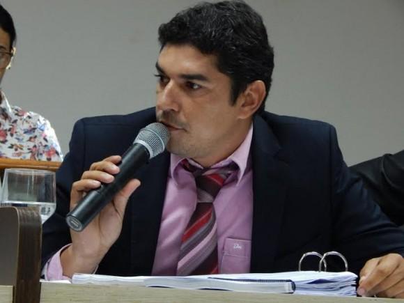 Nascif denunciou irregularidades em processo que escolheu empresa.