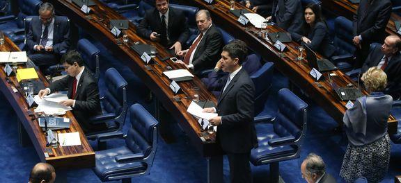 Plenário do Senado em dia de votação de processo contra Dilma (Foto Agência Brasil).