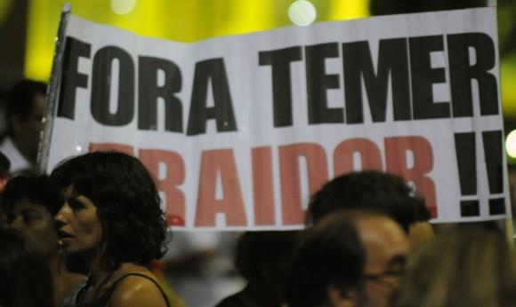 Manifestações pela saída do presidente interino estão programadas para amanhã (Foto Andressa Anholete/Gazeta do Povo).