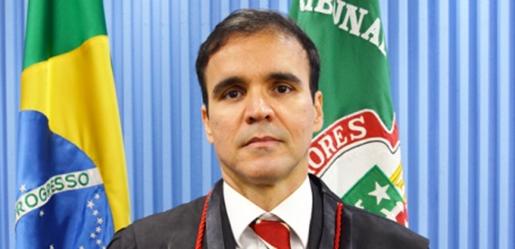 Paulo Pimenta tomou posse na vaga destinada aos juízes federais (Foto TRE-BA).
