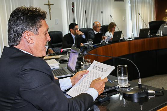 Plenário vota parecer de João Bonfim pela aprovação das contas (Foto TCE-BA).
