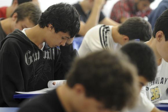 Programa financia cursos em instituições privadas, com taxa de juros de 6,5% ao ano (foto Wilson Dias / ABr)