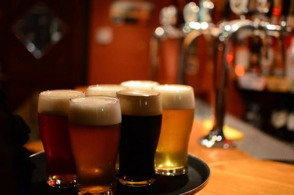 Neca, da Uesc, promove curso de criação de marcas e registro de cervejas