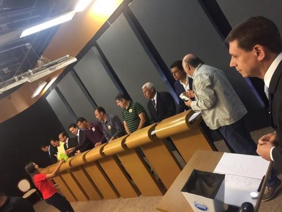 Debate na Cabrália reuniu todos os candidatos a prefeito de Itabuna.