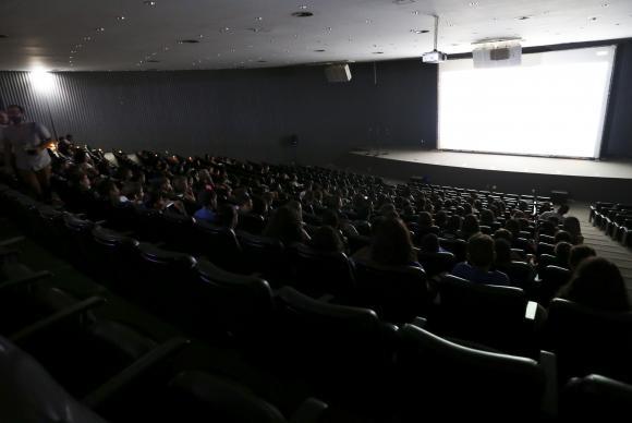 Sala de cinema é sonho para quase metade das cidades (Foto Marcelo Camargo/Ag. Brasil).