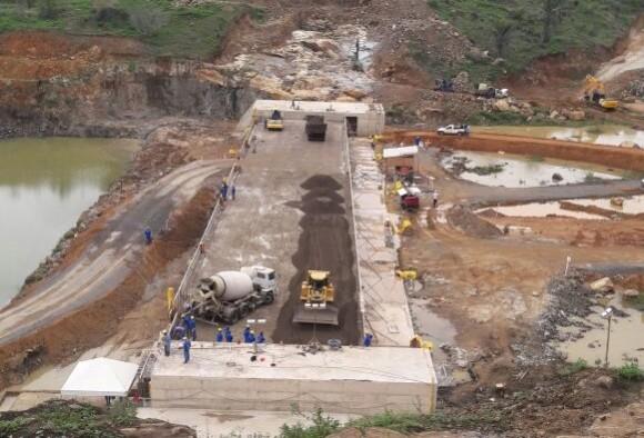 Obras da barragem estão 40% concluídas, segundo governo.