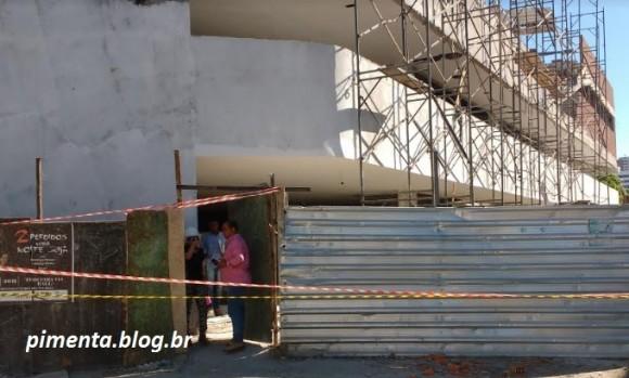 Obras do Shopping Popular são interditadas, parcialmente, após incidente (Foto Pimenta).