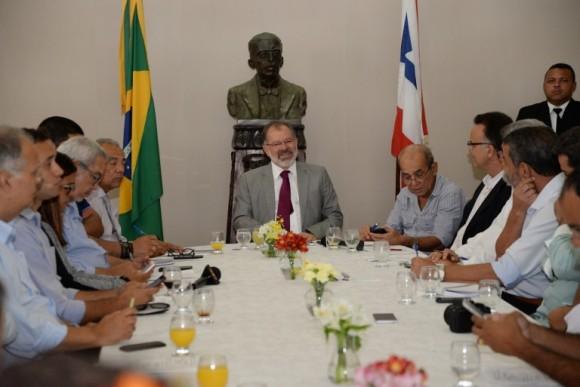 Nilo desiste de Senado e tenta 6º mandato como presidente da AL-BA (Foto Sandra Travassos).