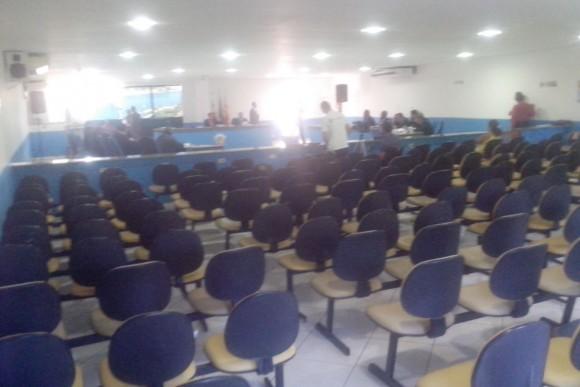 Votação ocorreu com o plenário esvaziado (Foto Jerberson Moraes).