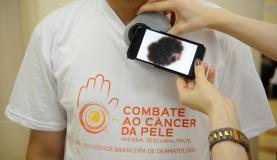 Campanha alerta para o câncer de pele (Foto Fernando Frazão).